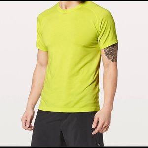 LULULEMON | MENS neon yellow tee shirt L large